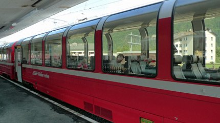 Bernina Express panormaic cars