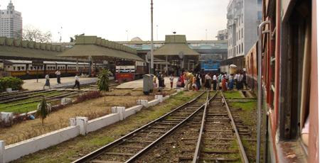 Train travel in Myanmar (Burma)   Train times, fares, tickets, photos