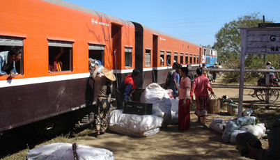 The train to Pyin Oo Lwin (Maymyo) stops at a station