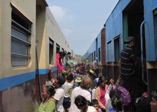 Switching trains at Ye for Dawei