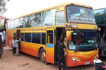 Cambodian bus from Siem Reap to Phnom Penh