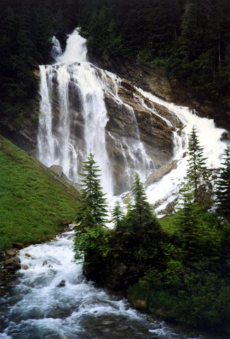 Pyramid Falls, seen from the train