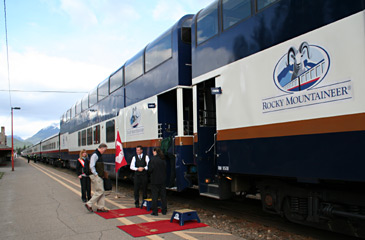 Rocky Mountaineer Gold Leaf cars boarding at Banff