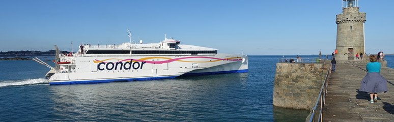 Condor Liberation fast ferry departs Guernsey for Jersey
