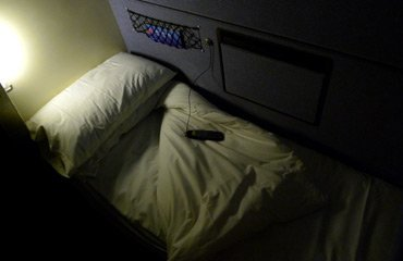 A cosy duvet on the London to Cornwall sleeper train