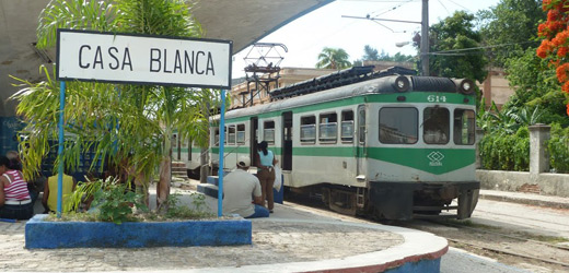 Hershey train at Havana Casablanca station