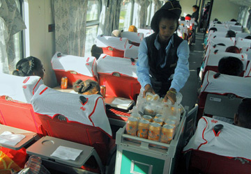 Trolley refreshments in 1st class.