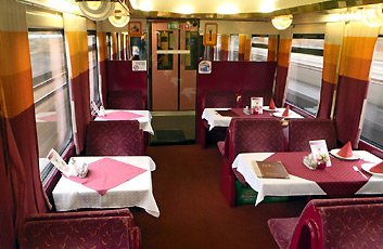 Lunch in the restaurant car of the Jan Jesenius from Berlin to Prague