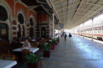 Istanbul Sirkeci station, Orient Express restaurant & bar