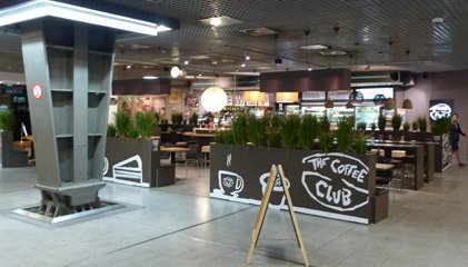 Cafe in Eurostar departures, Brussels Midi