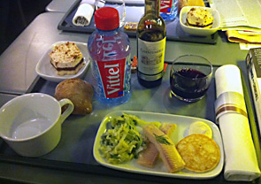 Complimentary light meal in Standard Premier on a Eurostar train from London to Paris
