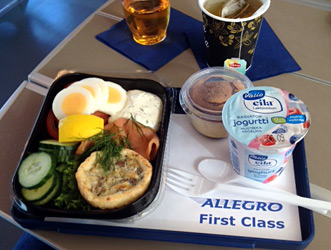 1st class at-seat meal on an Allegro train