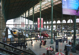 Inside Paris Gare du Nord.  The Eurostar platforms are on the left.