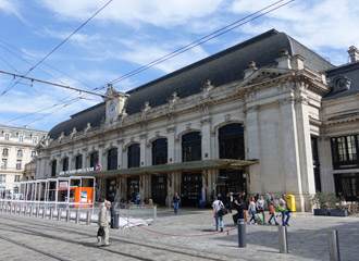 Trains from London to France from 35 London to Nice Bordeaux