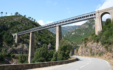 Train travel inCorsica - Viaduc du Vechju, between Vizzavona & Corte
