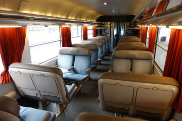 2nd class seats on Geneva-Lyon TER train