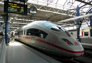 An ICE train to Cologne boarding at Brussels Midi
