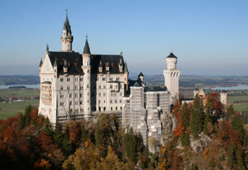 how to arrange a day trip from munich to neuschwanstein castle. Black Bedroom Furniture Sets. Home Design Ideas