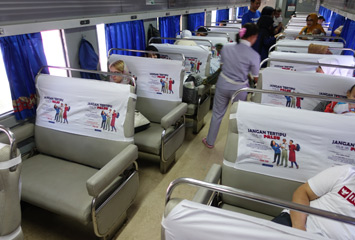 Bisnis class train seats