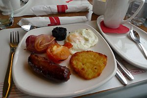 First class full english breakfast on a Virgin Trains pendolino