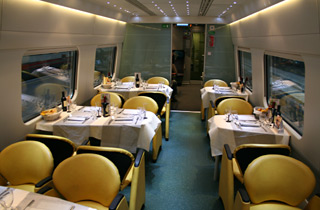 The restaurant car on an ETR610 EuroCity train