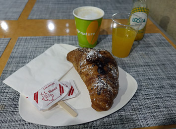Complimentary light breakfast for sleeper passengers on the Thello train from Paris to Venice
