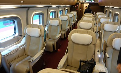 Gran Class seats on an E5 shinkansen train