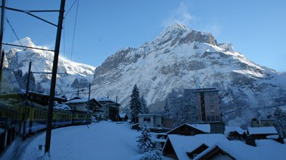 The train ride from Interlaken to Grindelwald