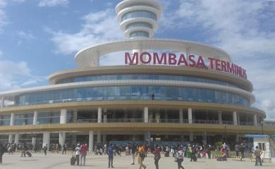 Groovy Train Travel In Kenya Trains From Nairobi To Mombasa Kisumu Home Interior And Landscaping Analalmasignezvosmurscom