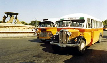 Vintage buses make it easy to get around Malta!