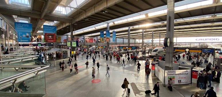 The concourse at Munich Hauptbahnhof