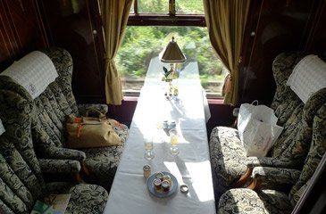 4-seater coup� in a Pullman car