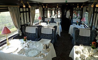 VSOE Cote d'Azur (Lalique decor) restaurant car interior