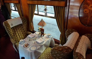 A table for two in Pullman car Phoenix