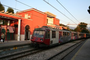how to get from rome to pompeii by train