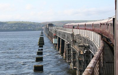 The Royal Scotsman crossing the Tay Bridge