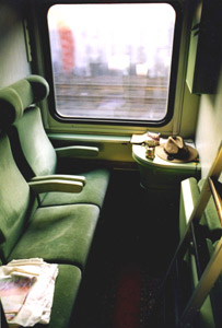 Cologne to Moscow sleeping-car compartment:  Daytime mode