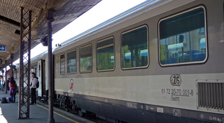 The train from Belgrade to Zagreb & Zurich, about to leave Belgrade