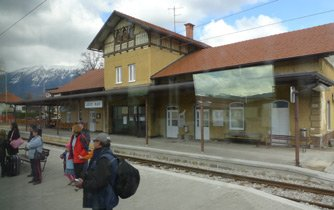 Lesce-Bled railway station