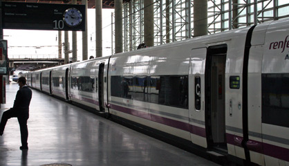 AVE S102 at Madrid