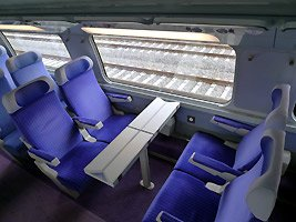 Upper deck 2nd class on a TGV Duplex.