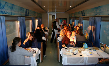 Breakfast on board the Paris to Madrid trainhotel