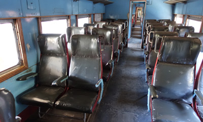 2nd class seats on Sri Lankan train