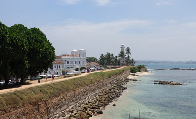Walking the old fort walls at Galle