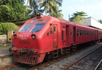 S11 train at Kalutara South