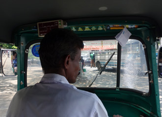 Tuk tuk to the station
