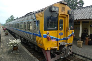 A Special Express DRC train, as used from Bangkok to Chiang Mai or Bangkok to Surat Thani