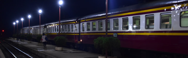 Train 134 from Nong Khai to Bangkok