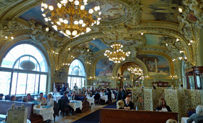 No The Train Bleu Restaurant For Lunch Before Taking To South Of France Italy Switzerland Or Spain