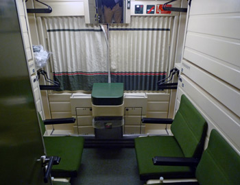 4-berth sleeper in seats mode